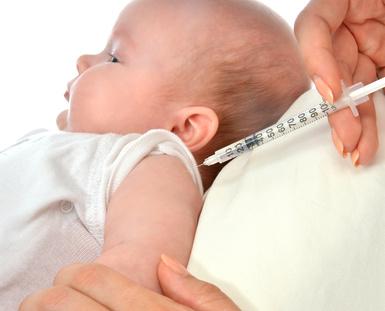 Co podać dziecku na gorączkę po szczepieniu?